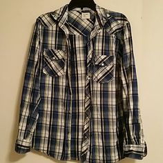 Mens button down shirt Mens long sleeve, button down shirt by old navy, size Medium. It has blue, yellow, black, and grey in it with two pockets on the front (one on each side). Old Navy Tops Button Down Shirts