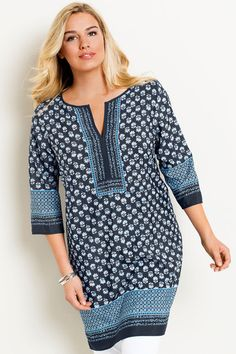 Cool and contemporary print with flattering sleeves. Buy Capture Woman Shift Dress online | Shop EziBuy