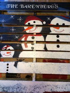 Pallet snowman family