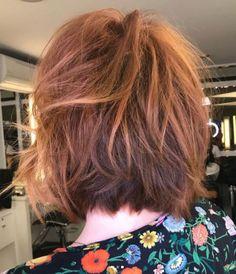 Para quem pensa em mudar o visual e aderir ao cabelo curto, vale olhar para o novo corte desfiado da Julia Petit feito pelo nosso hairstylist Marcos Proença