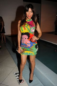 Kourtney Kardashian - popculturez.com