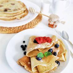 Siemanko, wreszcie sobota.  Jak zwykle, żeby dzień był owocny, śniadanie musi być obfite🤤. Tradycyjnie - ZERO  cukru, laktozy i tłuszczy… Vegan Cake, Ethnic Recipes, Food, Raw Vegan Cake, Vegan Pie, Essen, Yemek, Meals