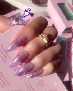 Semi-permanent varnish, false nails, patches: which manicure to choose? - My Nails Edgy Nails, Aycrlic Nails, Manicure, Grunge Nails, Glitter Nails, Perfect Nails, Gorgeous Nails, Pretty Nails, Acryl Nails