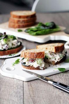 Kanasalaattileivät // Chicken Salad Sandwiches Food & Style Tiina Garvey, Fanni & Kaneli Photo Tiina Garvey www.maku.fi