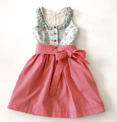 Cute colors and floral print Fashion Mode, Kids Fashion, Little Girl Dresses, Girls Dresses, Hippie Style, German Costume, Kids Outfits, Casual Outfits, Dress Anak