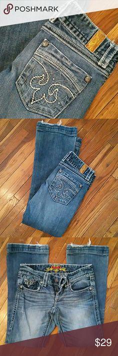 Cute Maurices Jeans Super cute design.  3/4 regular x 29 inseam Maurices Jeans Boot Cut