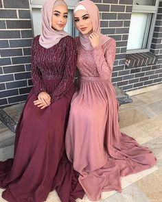 Prom dress hijab 43 Ideas for 2020 Modest Evening Gowns, Long Sleeve Evening Dresses, Prom Dresses Long With Sleeves, Modest Dresses, Hijab Evening Dress, Muslim Prom Dress, Hijabi Gowns, Hijab Dress Party, Party Gowns