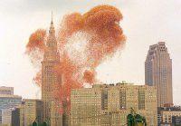 Lanciare un milione di palloncini sembrava una grande idea, invece andò tutto storto