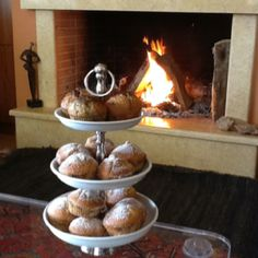 Muffins with almonds and appricots (white) and muffins with poppy seeds and chocolate...