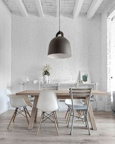 A stunning dining room designed by @plechacwielgus  The beautiful Bell lamp by Norman Copenhagen is available to order online ✨ . #diningroom #diningroomdecor #nordichome #nordicinspiration