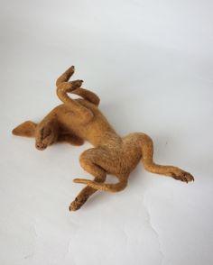 Needle Felted Vizsla, dog sculpture. Needle Felted Animals, Felt Animals, Wet Felting, Needle Felting, Dog Sculpture, Felt Art, Dog Art, Felt Crafts, Textile Art