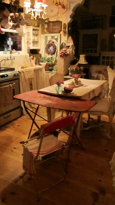 vintage red french cafe paris bistro table shabby chic le grand cafe paris