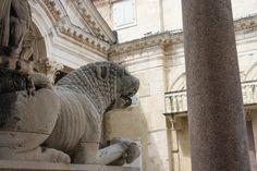 Split - L'entrata del Palazzo Diocleziano | Split - La entrada del Palacio Diocleciano