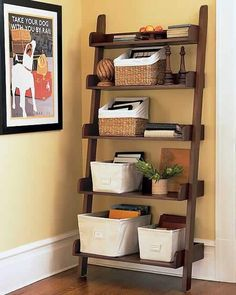 120 best ideas to arrange a simple storage for your lovely stuff 23 ~ mantulgan. Studio Apartment Decorating, Decorating Your Home, Decorating Tips, Arranging Bedroom Furniture, Resource Furniture, Small Room Bedroom, Small Rooms, Bedroom Ideas, Wood Design