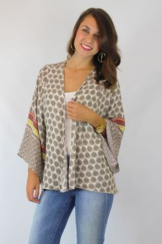 Good Vibes Kimono – Truly Yours Boutique $36