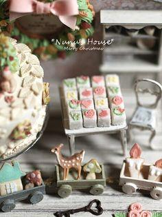 *Christmasディスプレイセット仕上げ* - *Nunu's HouseのミニチュアBlog* 1/12サイズのミニチュアの食べ物、雑貨などの制作blogです。