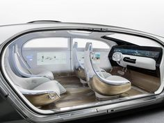"Mercedes-Benz's unveils luxurious, driverless ""living space"""