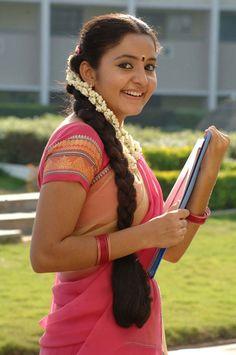 wallpaper of Actress Bhama