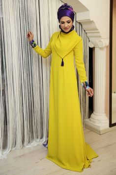Loving the colour combinations in these outfit posts Modest Dresses, Modest Outfits, Nice Dresses, Hijab Abaya, Hijab Dress, Muslim Women Fashion, Islamic Fashion, Abaya Fashion, Fashion Outfits