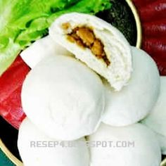 Resep Bakpao Lembut Indonesian Desserts, Indonesian Cuisine, Steam Cake Recipe, Mochi Cake, Steamed Cake, Pork Buns, Traditional Cakes, Savory Snacks, Asian