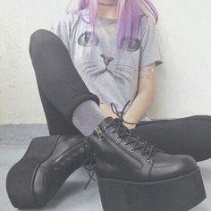 ✿ pinterest: @arthoex   j'aime trop ce genre de chaussures