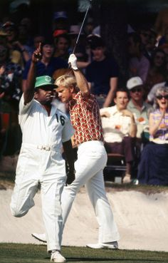 Relive Jack Nicklaus' historic career with the best photos from our archives. Dear Basketball, Famous Golfers, Augusta National Golf Club, Golf Pictures, Masters Golf, Jack Nicklaus, Vintage Golf, Polo Shirt Women, Golf Fashion