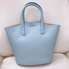 """Material: CowhideDimensions:Inches: Height 13.8"""" x Width 8.7~13"""" x Depth 5.1"""" Tote Handbags, Cross Body Handbags, Tote Bags, Black Tote Bag, Purses And Bags, Leather Totes, Annie, Jewel, Women"""