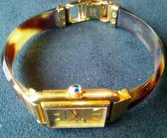 【ジャガー・ルクルト】 ☆駿河区 K・T様/古い時計だけど、今も愛用してます。特にリュウズにくっついてる青い石!がなんだか好きなんですよね。。。