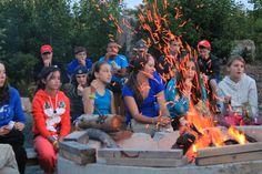 400+ campfire songs sand under the stars at Brigadoon Village! #campfire #singing