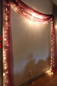 19 unique Diwali deco ideas to beautify your home Diwali Decoration Lights, Mandir Decoration, Ganpati Decoration At Home, Diwali Decorations At Home, Diwali Lights, Ganapati Decoration, Light Decorations, Indian Decoration, Simple Birthday Decorations
