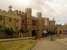 King Henry VIII gate at Windsor Castle.my 7 times Great Uncle! Great Places, Places To See, Enrique Viii, Renaissance, Tudor History, Uk History, Scotland History, Tudor Dynasty, Castles In England