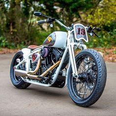 """pugbobber: """"Racer http://bit.ly/pugbobber #motorcycle#bobber#custom#cafe#chopper#ride#bike#harleydavidson#caferacer#sportster#caferacer #harley #choppershit #pugbobber """" Harley"""