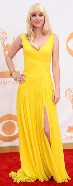 Coloridas! Confira os looks alegres das estrelas de séries na premiação do Emmy - http://epoca.globo.com/vida/fotos/2013/09/coloridas-confira-os-blooks-alegresb-das-estrelas-de-series-na-premiacao-do-emmy.html (Foto: Frazer Harrison/Getty Images)