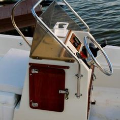 Photo of Boston Whaler Pre Montauk Used Boat For Sale, Boats For Sale, Carver Boats, Electrical Fuse, Bow Light, Boston Whaler, Chris Craft, Used Boats, Center Console