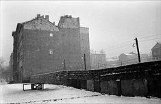 Mur de Berlin, hiver 1961. Léon Herschritt