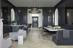 Windsor Smith Redefines Luxury Living for the Modern Family Restoration Hardware Paint, Windsor Smith, Indoor Outdoor Living, Master Bedroom Design, Minimalist Kitchen, Big Houses, Lounge Areas, Maine House, Modern Family