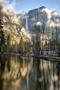 Valley Morning by Kim.Kozlowski, via Flickr