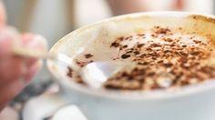 Einen guten Cappuccino macht vor allem der Milchschaum. (Quelle: Thinkstock by Getty-Images)