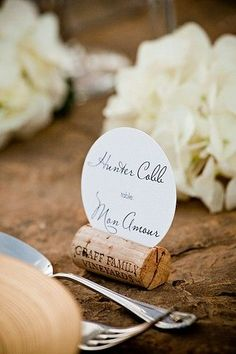 Cool idea ~ for wedding or just a holiday dinner :) cork place cards. could also be used on the food/beverage tables to hold menu cards and/or description tags. Diy Wedding, Wedding Events, Wedding Reception, Weddings, Cork Wedding, Trendy Wedding, Reception Food, Wedding Ideas, Wedding Table Names