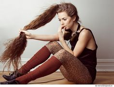Find out How to make your hair grow faster and longer  Your hair is your crowning glory. While short hair is deemed sexy, most men find women with long hair more attractive. If you have short or medium-length hair and want to grow it fast and long, here are ways on how you can do so.    Keep your mind open.