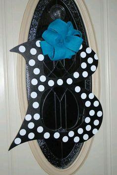 Initial door hanger