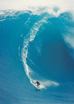 travel with cameras and surfboards, highenoughtoseethesea: Makua Rothman @ Peahi ph...