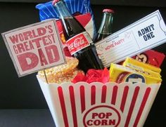 Father's Day Movie Night Party Bucket! Diy Father's Day Gifts, Father's Day Diy, Craft Gifts, Cool Gifts, Gifts For Dad, Father's Day Movie, Movie Night Party, Movie Gift, Cute Christmas Gifts