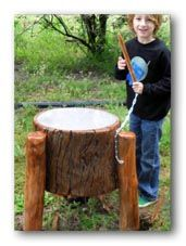 Log drum for outdoor music play Natural Playground, Outdoor Playground, Playground Ideas, Outdoor Activities For Kids, Outdoor Learning, Outdoor Play Spaces, Outdoor Fun, Music Garden, Sensory Garden