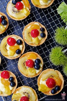 mini fruit tarts with glaze
