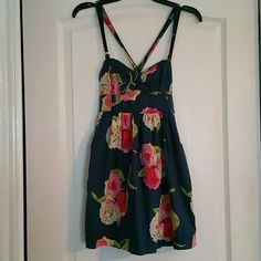 Abercrombie & Fitch navy with floral dress size M Pretty summer dress in great condition. Cross back. 2 pockets, one on each side. Double layered skirt. 100% cotton Abercrombie & Fitch Dresses Midi