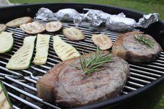 gesunde-erbsen.com/grillmeister-fuer-einen-tag/ Healthy Food, Healthy Recipes, Steak, Pork, Meat, German Recipes, Crickets, Health, Food Food