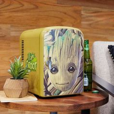 Perfect for Dad's *Groot* beer | Marvel Guardians Of The Galaxy Groot Mini Fridge