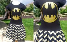 Wow! This dress turned out super duper adorable!! Does your little girl love Batgirl/Batman? Then she will go bonkers for this dress. Check out