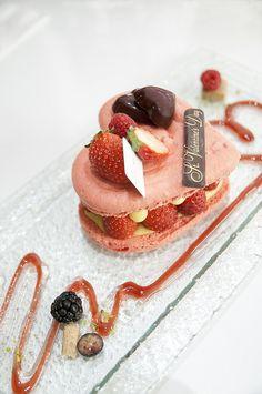 Symphonie by Pâtisserie Sadaharu #Aoki Paris, Tokyo Midtown, Roppongi by yuichi.sakuraba, via Flickr. #French #pastry #raspberry #gourmandises